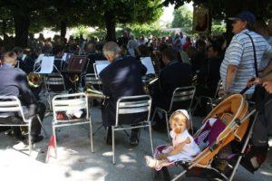 Parque de Mirambel y concierto al aire libre. Salzburgo