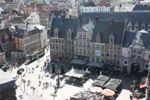 Plaza de Sint-Veerleplein. Gante