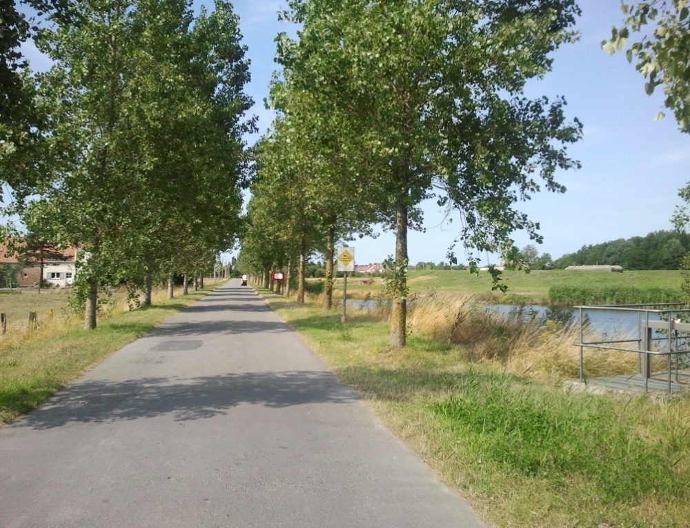 Día 7.  Ruta circular en bicicleta.Ostende -Oudenburg- Ostende (30km)