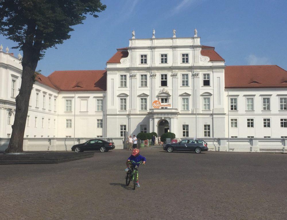 Día 4: Etapa en bicicleta: Gross Behnitz-Oranienburg (64 km aprox)