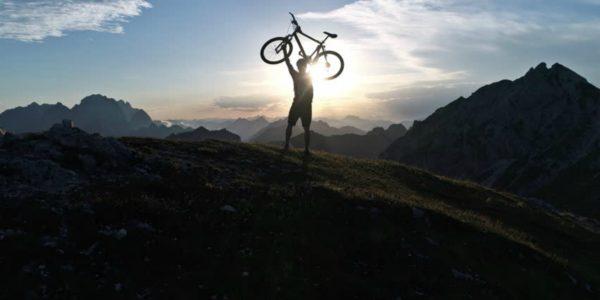 4 de los mejores ejercicios de entrenamiento de fuerza para ciclistas