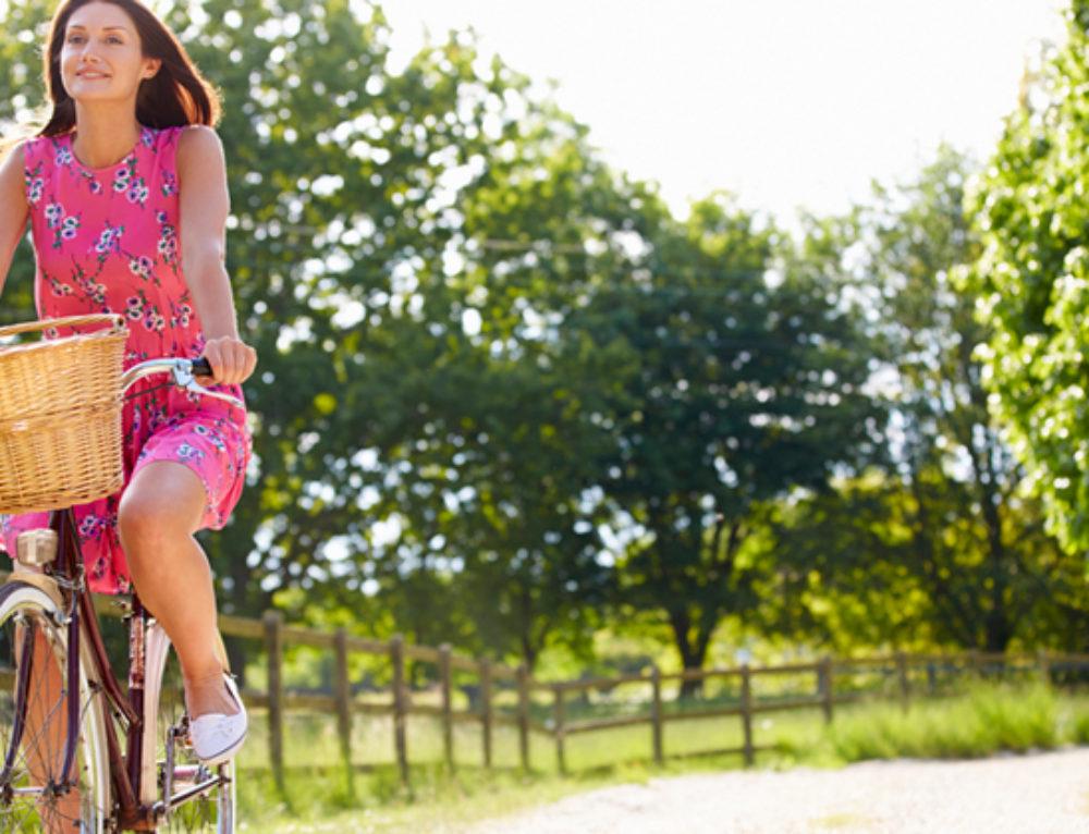 Si quieres estar más sano y en forma, ir en bicicleta es una buena opción